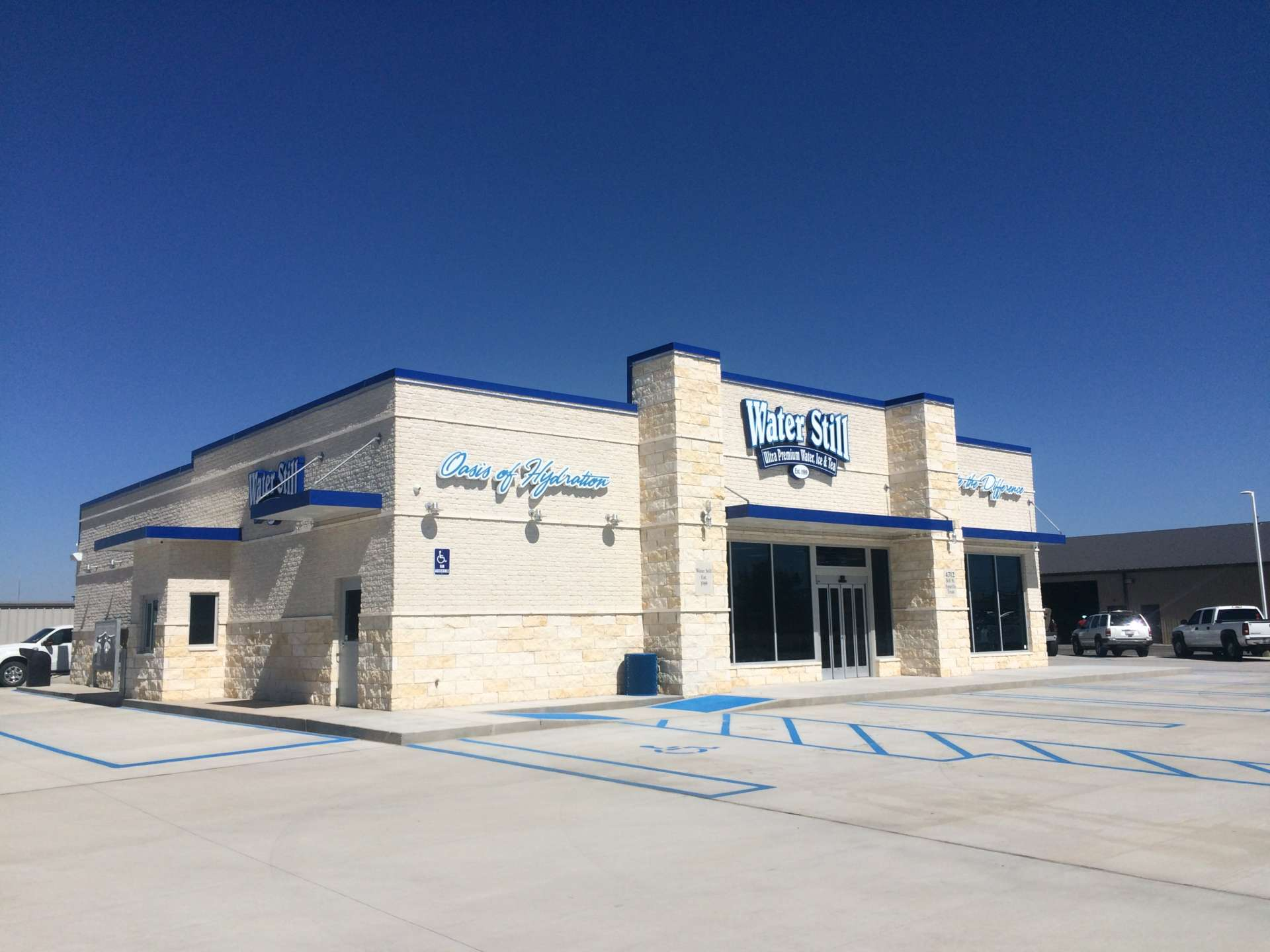 New Water Still Exterior with parking lot in Amarillo, Texas