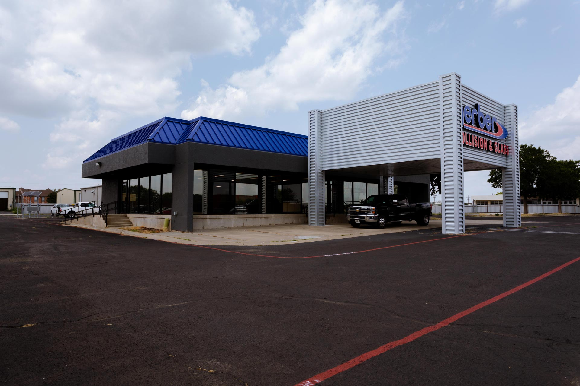 Gerber_Collision_and_glass_Amarillo_ Building_2_Cole_Stanley
