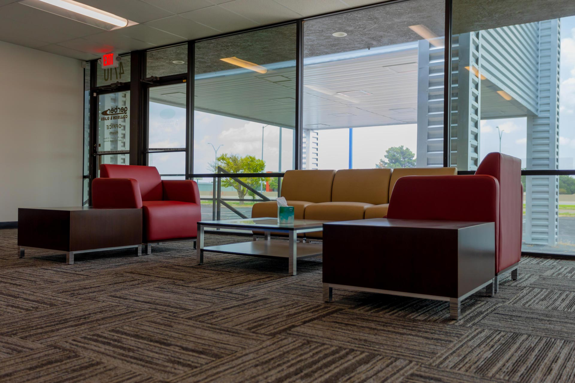 Gerber_colllision_and_glass_Amarillo_ Building_Interior_4_Cole_Stanley