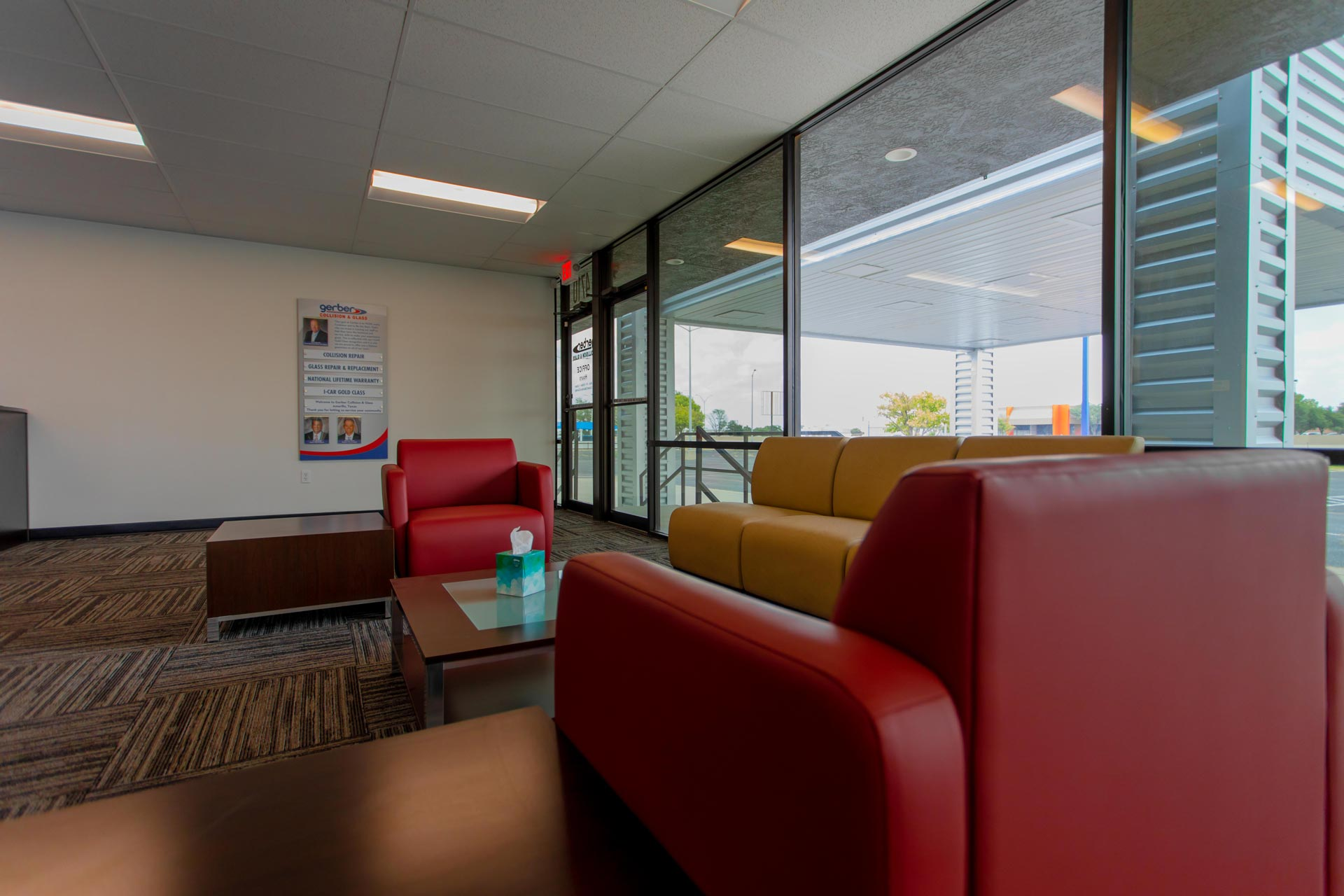 Gerber_colllision_and_glass_Amarillo_ Building_Interior_7_Cole_Stanley